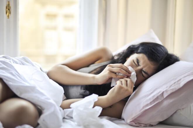 Dormire con la tosse? Leggi i nostri 5 consigli per riuscirci!