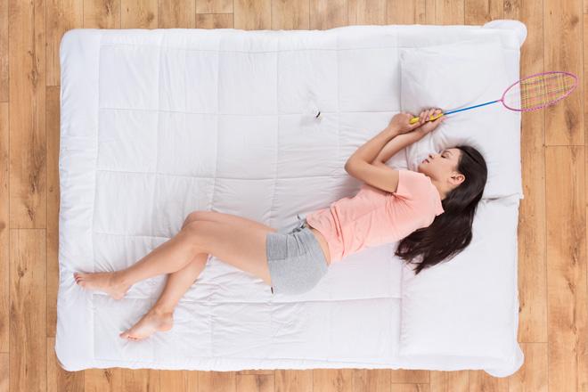 Il segreto per una vita lunga e in salute? Una racchetta e un buon materasso!