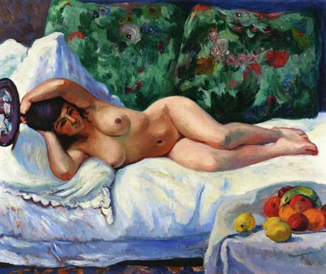 donna nuda materasso