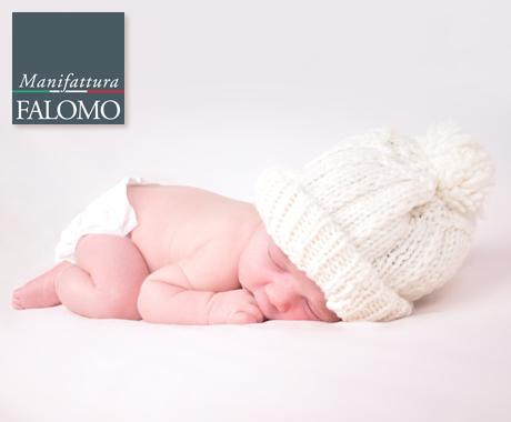 Come vestire il neonato per dormire? Non è come pensi.