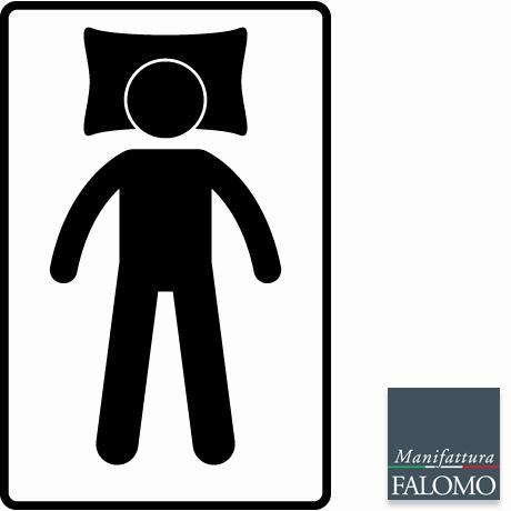 Posizione sonno supina con braccia lungo i fianchi