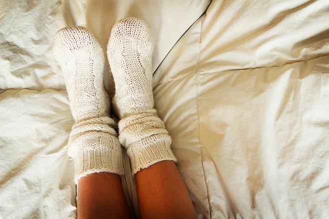 Calzini a letto? Qualche buon motivo per cambiare abitudine!