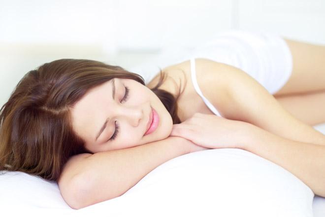 5 metodi naturali per produrre più melatonina e dormire meglio!