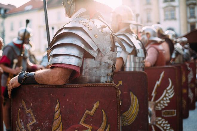 """Sapevi che quella che noi chiamiamo """"insonnia"""" era la normalità per gli antichi romani?"""
