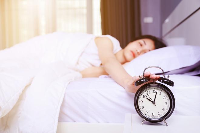 Ecco perché dormire di più nel weekend potrebbe allungarti la vita!